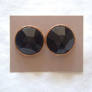 """Avon Vintage Black """"Fifth Ave"""" Pierced Earrings"""